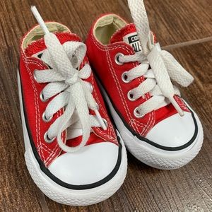 Toddler Red Converse size 4
